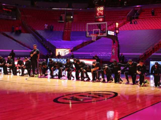 Celtics, Heat Players Kneel During National Anthem After Capitol Riots