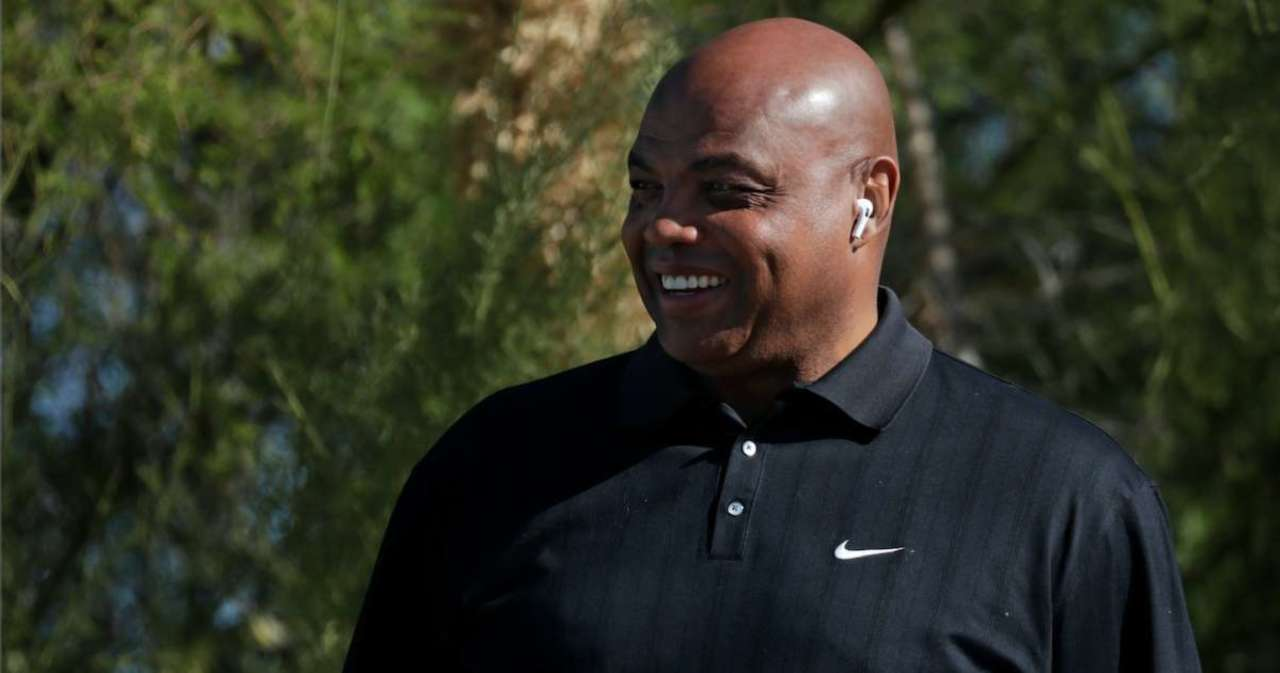 Charles Barkley Faces Criticism After Suggesting Pro Athletes Get Preferential Vaccine Treatment.jpg