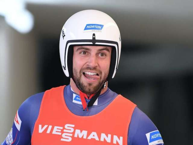 Watch Olympian Chris Mazdzer Jumping Into Freezing Cold Lake on New Year's Day