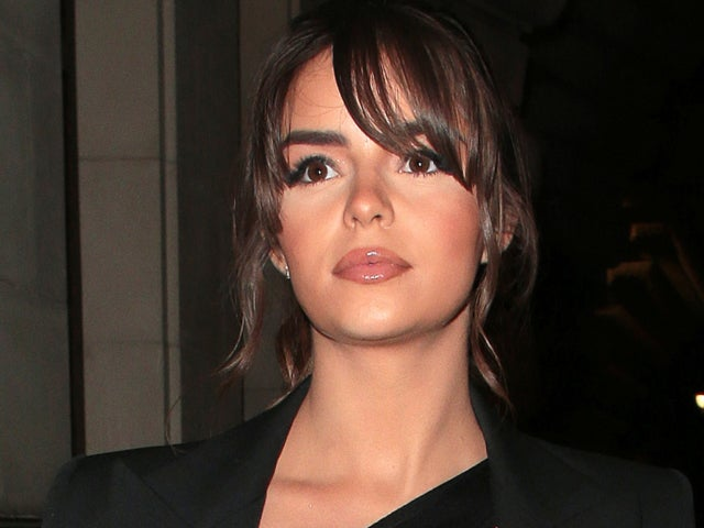 Demi Rose Snaps Gorgeous Selfie Alongside Thoughtful Quote About Inner Beauty