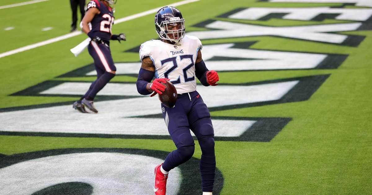 Derrick Henry makes NFL history 8th player rush 2000 yards