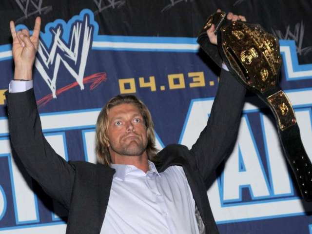 Edge to Return to WWE This Sunday at Royal Rumble