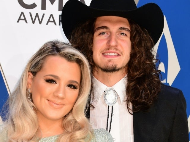 Cade Foehner Shares Sweet New Photo of Gabby Barrett and Daughter Baylah May