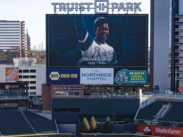 Hank Aaron: Atlanta Braves Hold Memorial Service for Late Legend Inside Team's Stadium