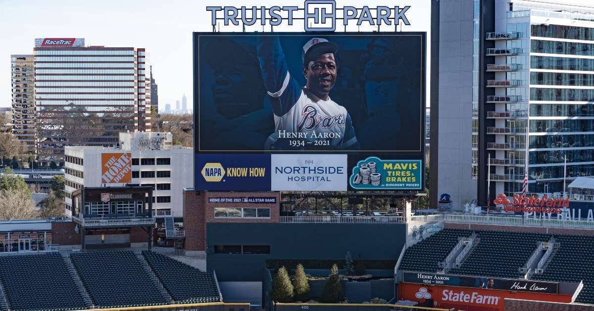 Hank Aaron Atlanta Braves hold memorial service late legend inside team stadium