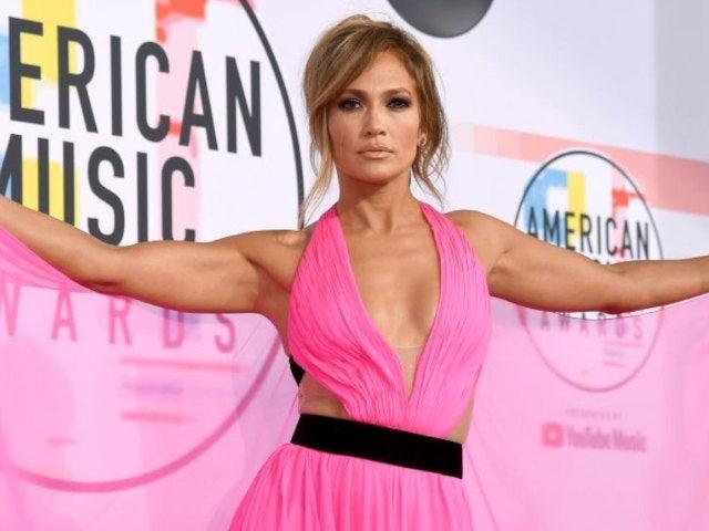 Jennifer Lopez Kicks off 2021 With Toned Workout Photo