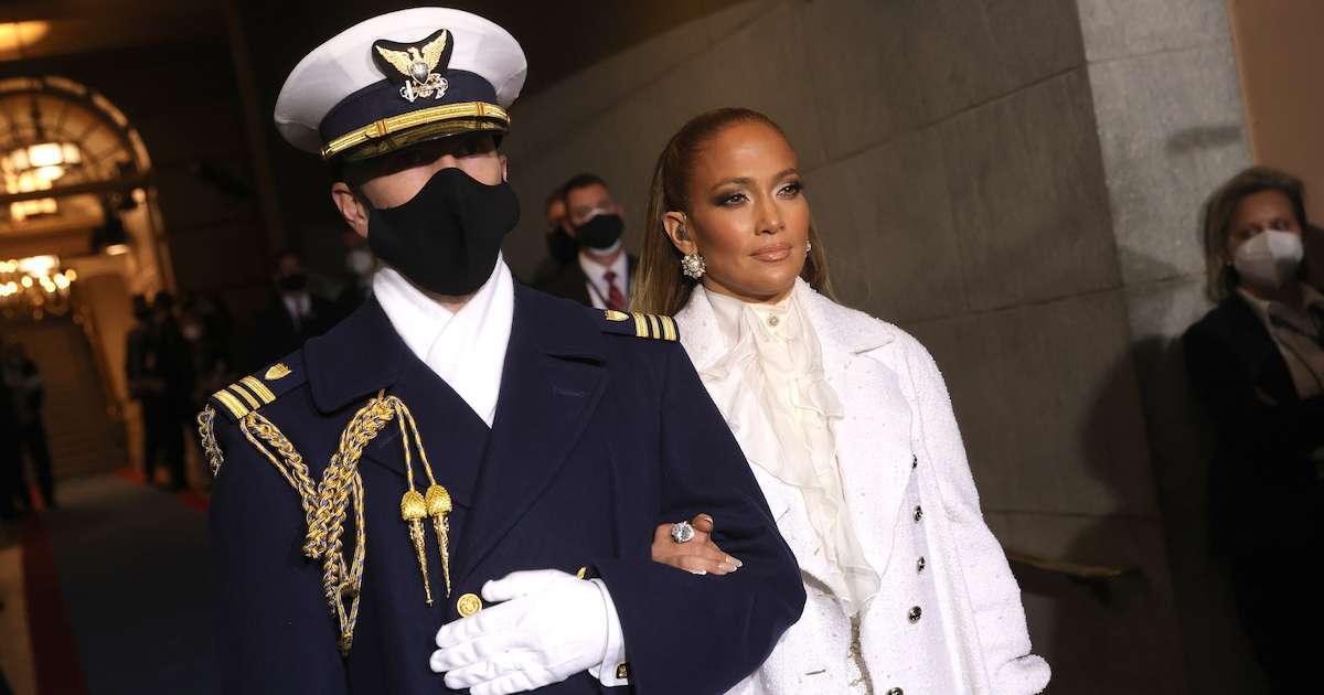 Jennifer-Lopez-National-Guard