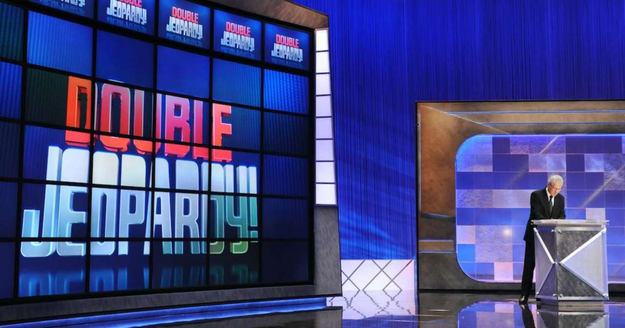 'Jeopardy!': 2nd and 3rd Place Host Contenders Revealed After Mike Richards Seemingly Lands Gig.jpg