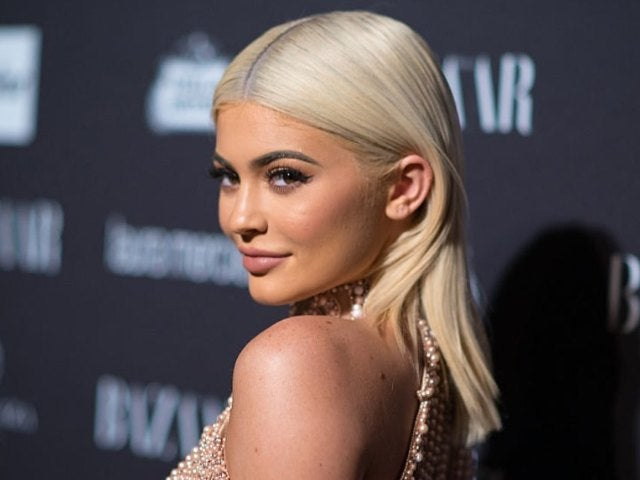 Kylie Jenner Dons White in First Photos of 2021 Following Final 'KUWTK' Filming Day