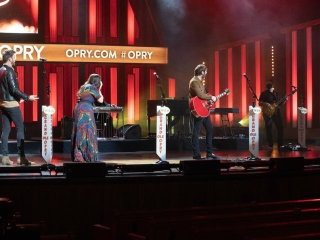 Darius Rucker Invites Lady A to Join the Grand Ole Opry