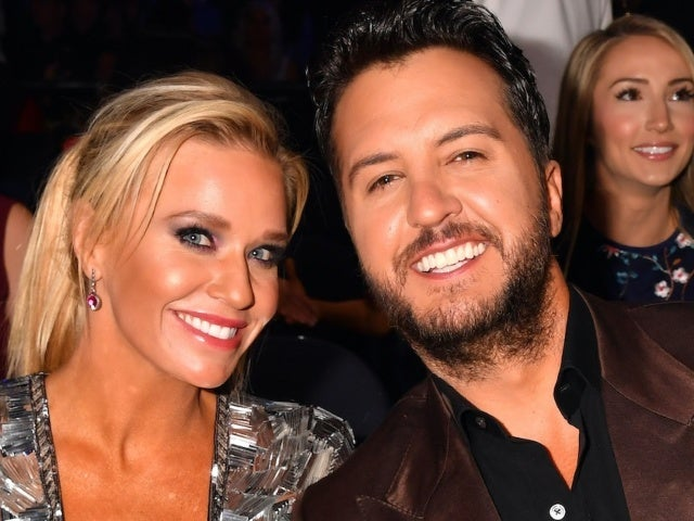 Luke Bryan Shares Photo From His 'Successful Date' With Wife Caroline
