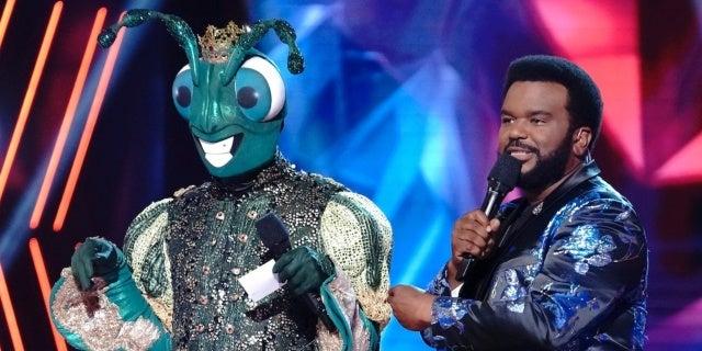 masked-dancer-cricket-brian-mcknight