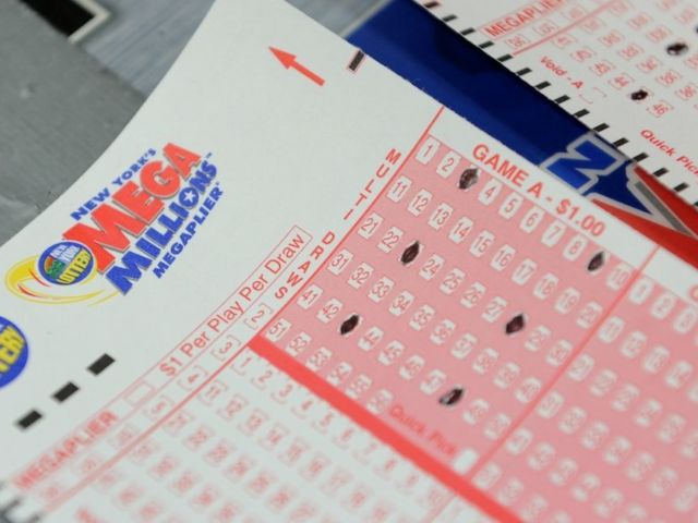 Mega Millions Lottery Jackpot Hits $600 Million, Here's When the Next Drawing Is