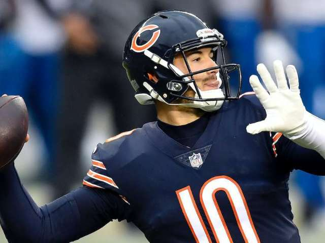 Chicago Bears News: QB Mitch Trubisky Gets Engaged, Purchases Massive Ring