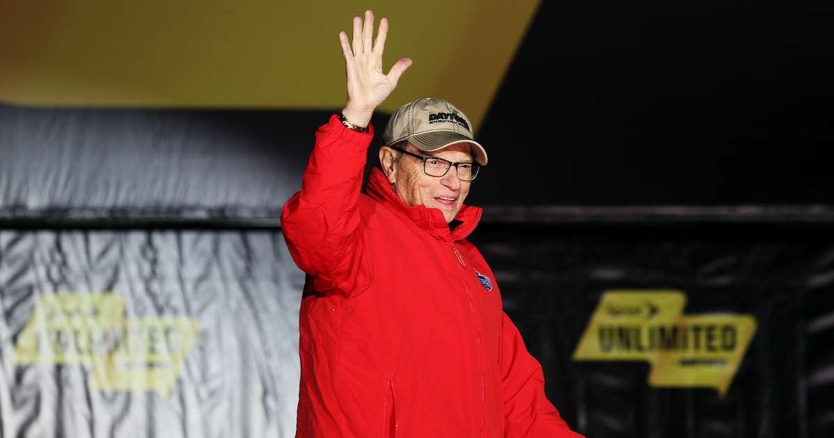NASCAR-Larry-King