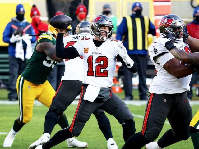 Buccaneers Defeat Packers in NFC Championship to Reach Super Bowl LV
