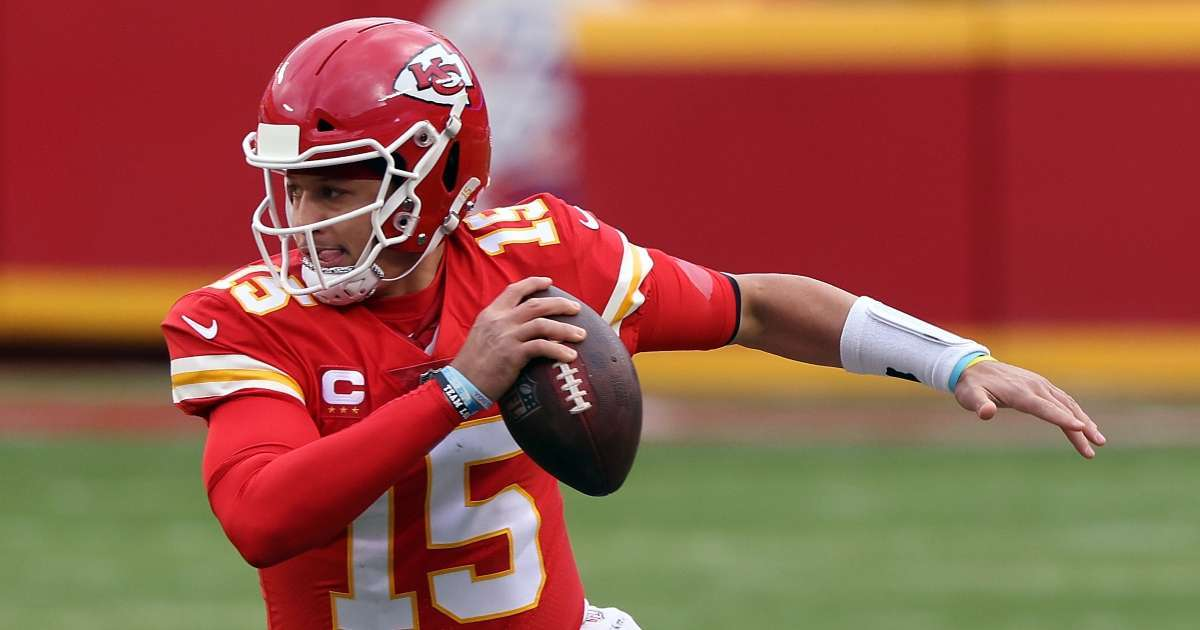 Patrick Mahomes practices Chiefs following concussion treatment