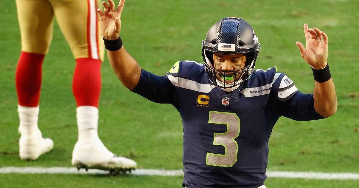 Russell Wilson changes play help Seahawks teammate earn 100k bonus