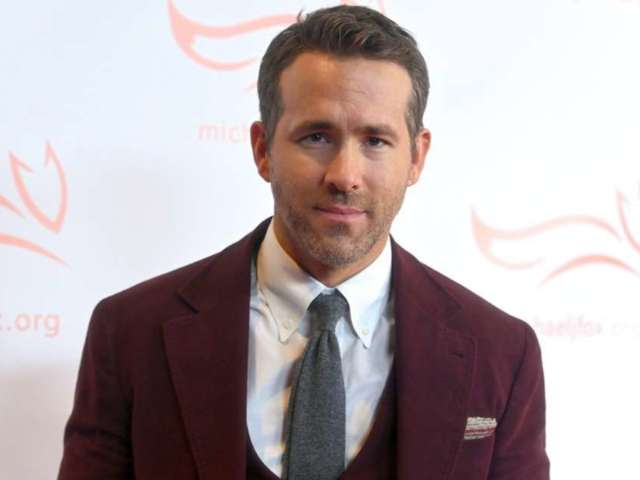 Ryan Reynolds Reportedly in Talks for 'Jumanji 3' Role