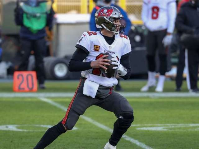 Super Bowl 2021: Uniform Combinations for Chiefs and Buccaneers Revealed