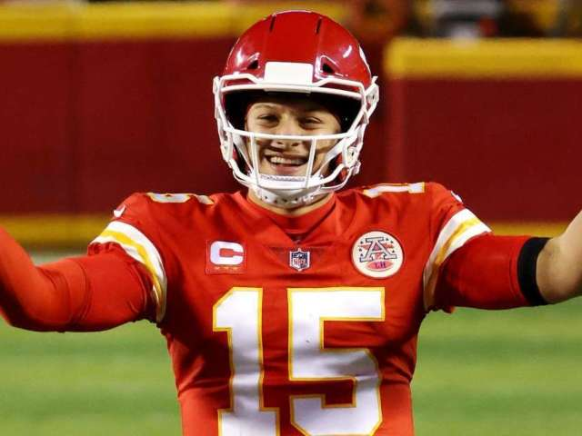 Super Bowl LV: Fans React to NFL Showdown Between Tampa Bay Buccaneers and Kansas City Chiefs