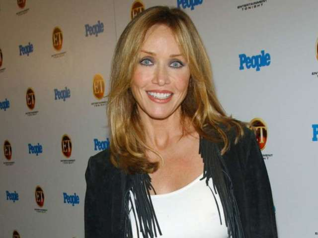 Tanya Roberts Dead: Fans Pay Tribute to 'Bond' Girl and 'That '70s Show' Star After Bizarre Whirlwind