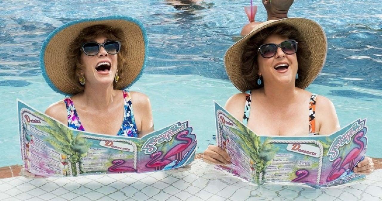 Kristen Wiig, Annie Mumolo and James Corden Reimagine 'The Crown,' 'Queen's Gambit' and More in Hilarious Sketch.jpg