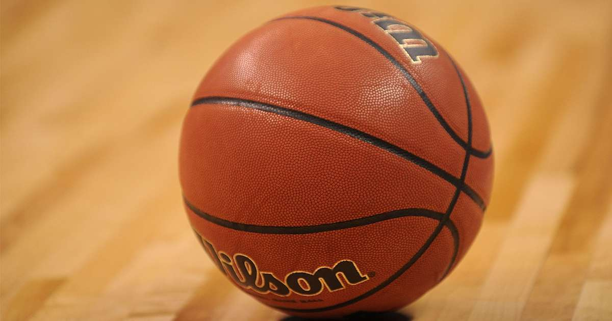 Basketball-Coach-Dead