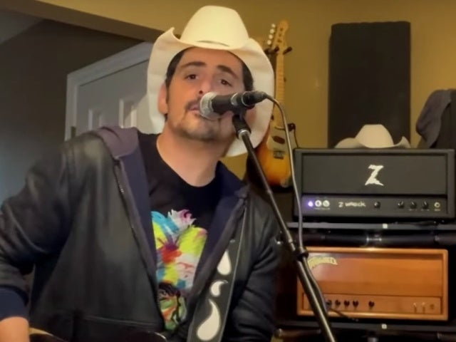 Brad Paisley Performs 'Off Road' on 'The Kelly Clarkson Show'