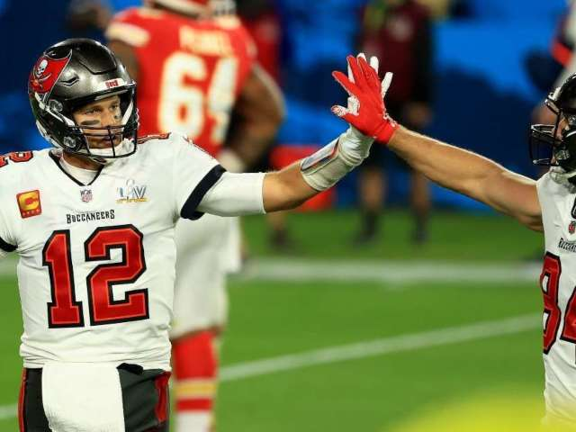 Tampa Bay Buccaneers Defeat Kansas City Chiefs in Super Bowl, Win 2nd Title in Franchise History