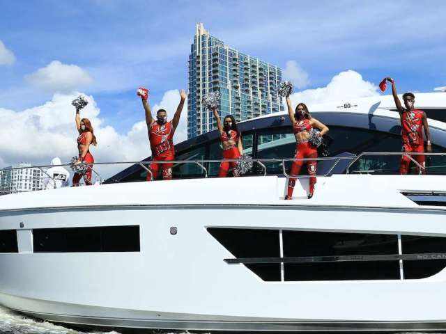 Buccaneers Super Bowl Victory Boat Parade Draws Massive Crowds in Tampa Bay