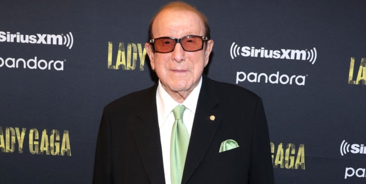 Clive Davis Diagnosed With Bell's Palsy, Postpones Pre-Grammys Party.jpg
