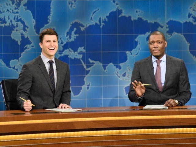 'SNL': Michael Che's Gift for Colin Jost and Scarlett Johansson Has Them Concerned