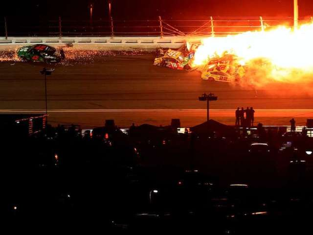 Daytona 500 Results: Race Ends in Explosive Fashion After Late Wreck