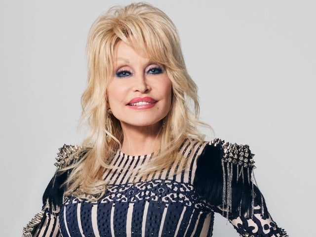 Dolly Parton Asks Tennessee Not to Build Statue of Her Likeness on Capitol Grounds