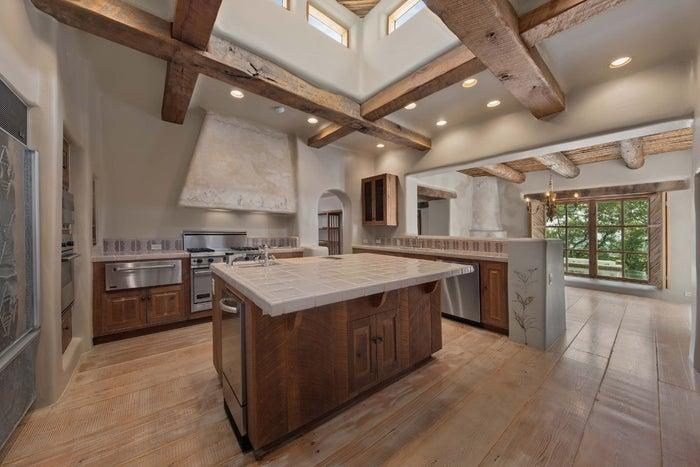 george strait kitchen