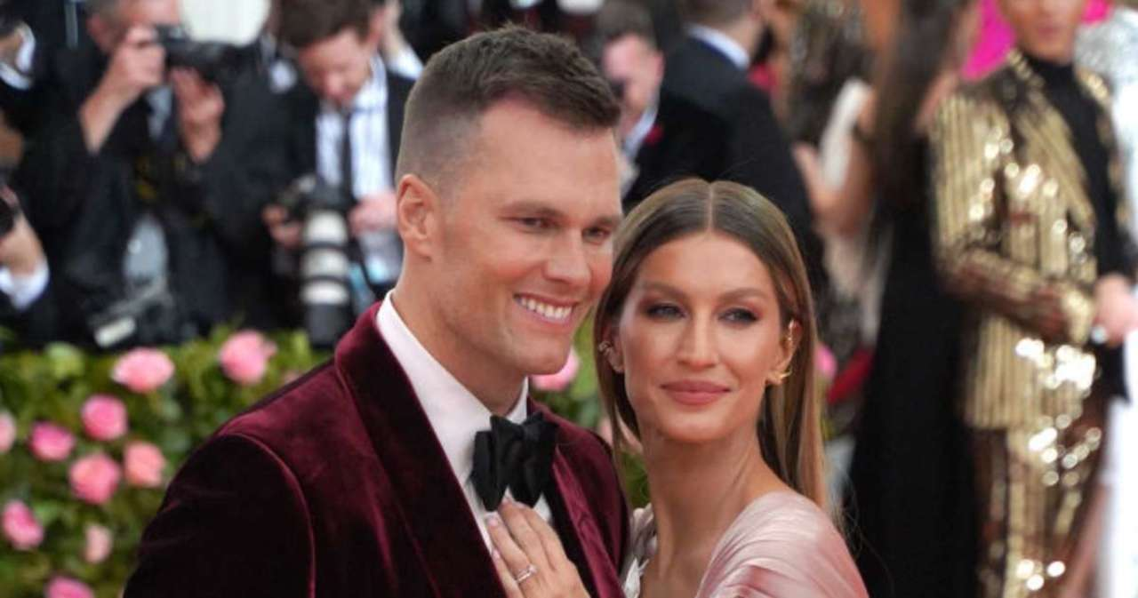 Gisele Bundchen Dedicates Sweet Message to Tom Brady on Their 12th Wedding Anniversary.jpg