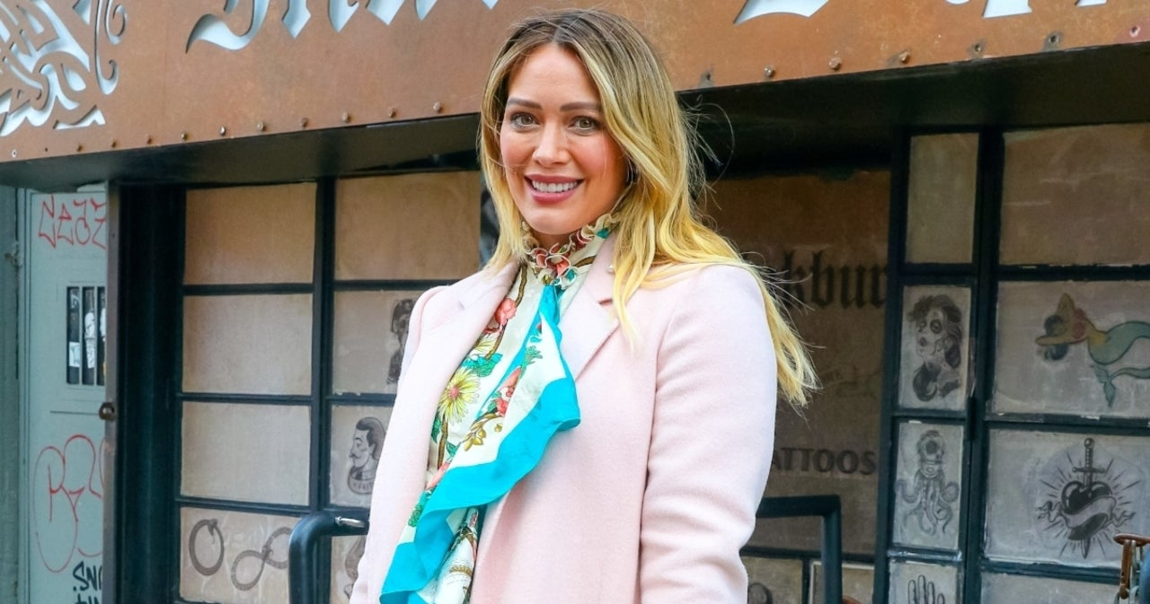 Hilary Duff Debuts New Hair Color After Revealing She 'Needed a Change'.jpg