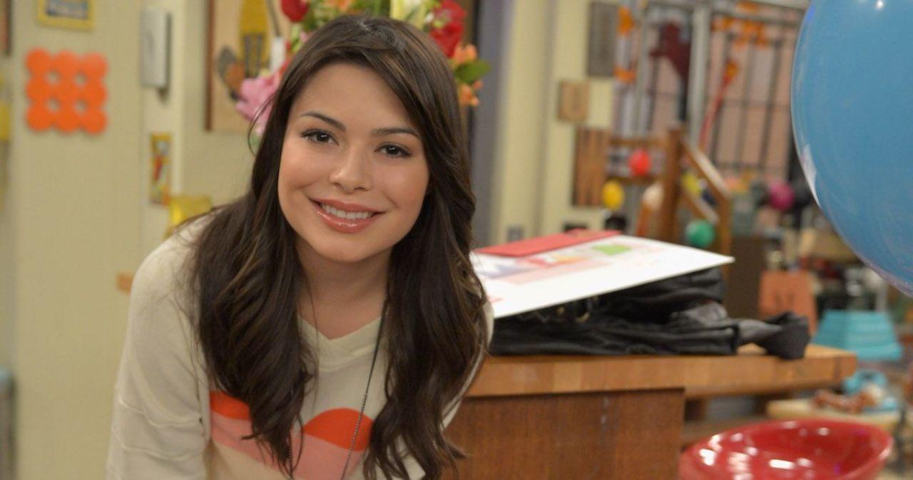 'iCarly' Star Miranda Cosgrove Reveals Top Guest Star Crush From Series Run.jpg