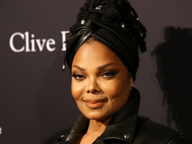 Janet Jackson Thanks Fans and Hits No. 1 in Wake of Justin Timberlake Apology