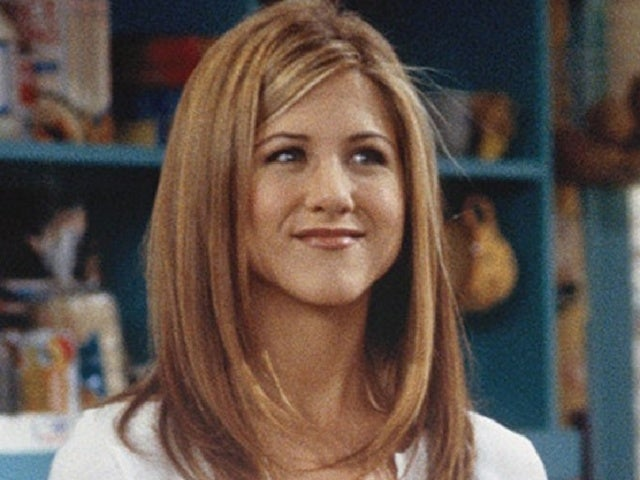 Jennifer Aniston Jokes About One Recurring Theme of Her 'Friends' Wardrobe