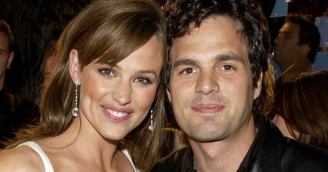 Jennifer Garner and Mark Ruffalo Have '13 Going on 30' Reunion in New Photo.jpg