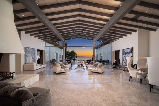 Justin Bieber Home - Living Room Ocean View (5)