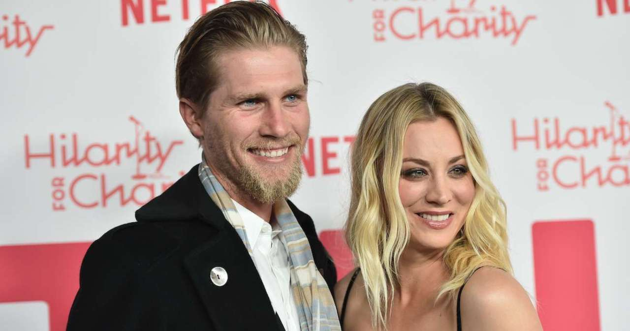 Kaley Cuoco's Valentine's Tribute to Husband Karl Cook Gets Hilarious Response from 'Big Bang Theory' Co-Star Johnny Galecki.jpg