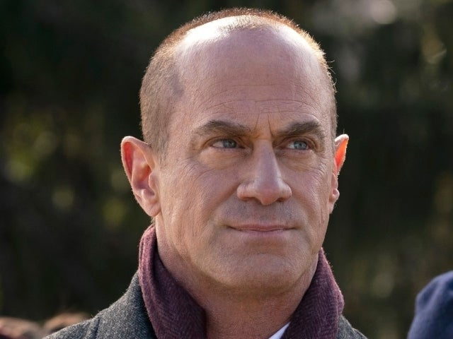 'Law & Order: SVU' Spinoff First Look: Elliot Stabler Apologizes in 'Organized Crime' Clip