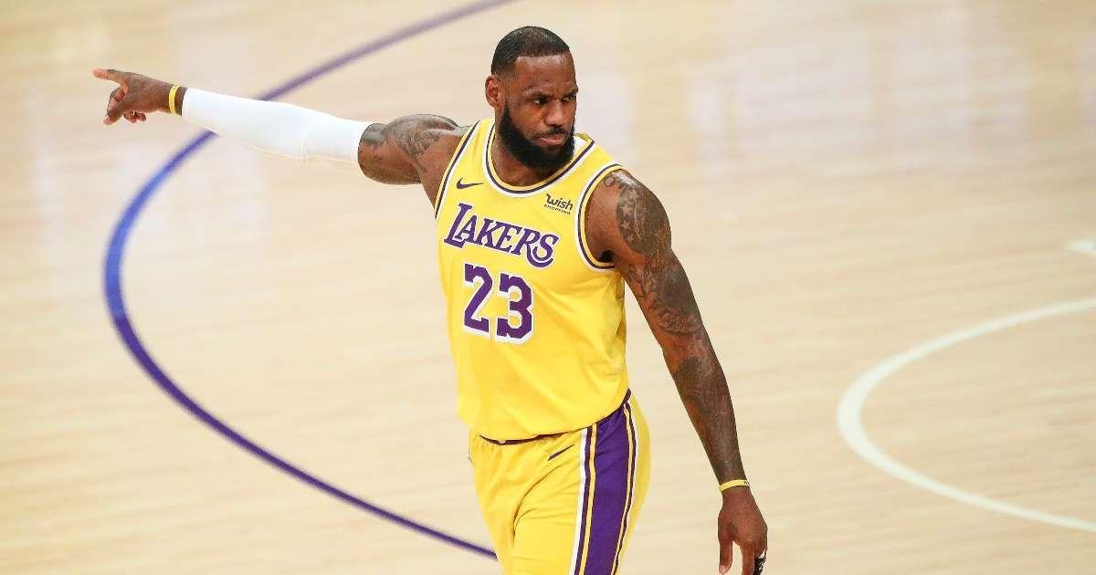LeBron James surpass 1 billion career earnings 20201