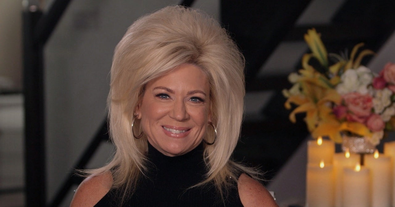 long-island-medium-theresa-caputo