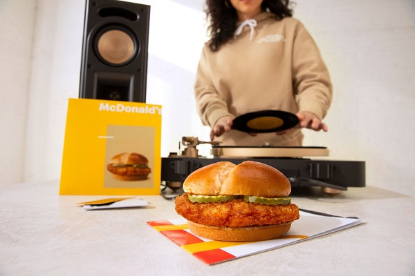mcdonalds-crispy-chicken-sandwich-drop