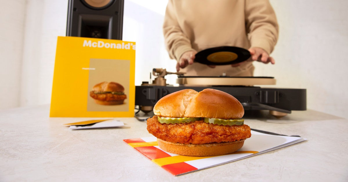 mcdonalds-crispy-chicken-sandwich-drop