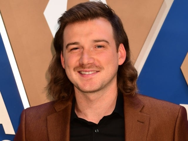 'SNL' Uses Morgan Wallen's N-Word Controversy to Poke Fun at Itself on 'Weekend Update'
